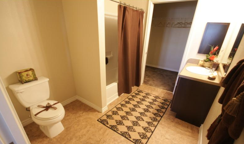 Bathroom at Listing #224140