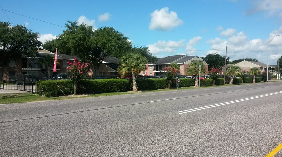Exterior at Listing #138480