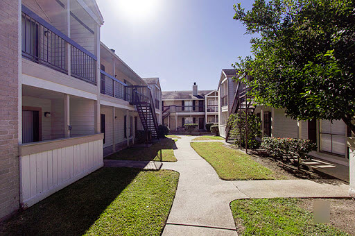 Exterior at Listing #138643