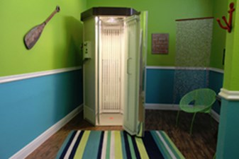 Tanning Bed at Listing #141483