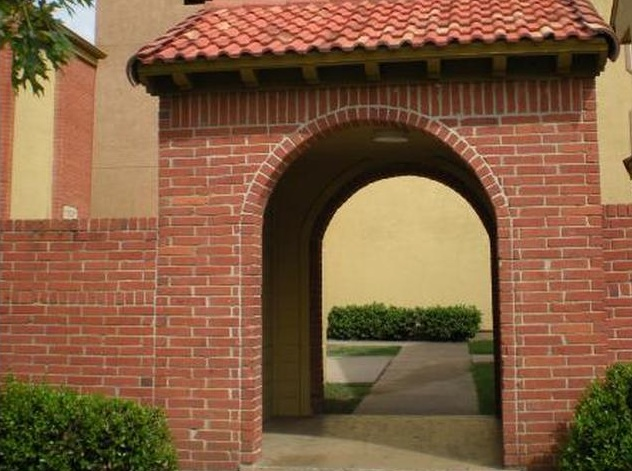 Exterior at Listing #136270