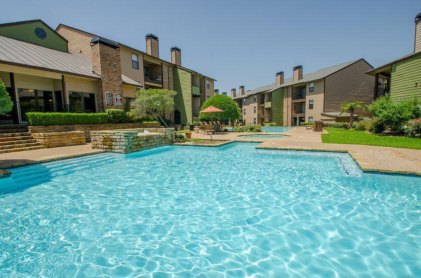 Pool at Listing #135984