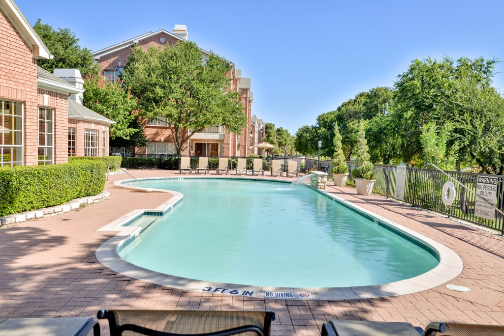 Pool at Listing #137271