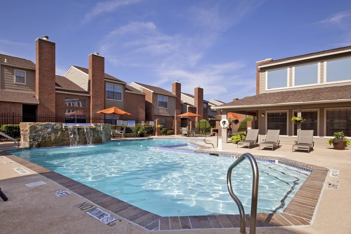 Pool at Listing #135638