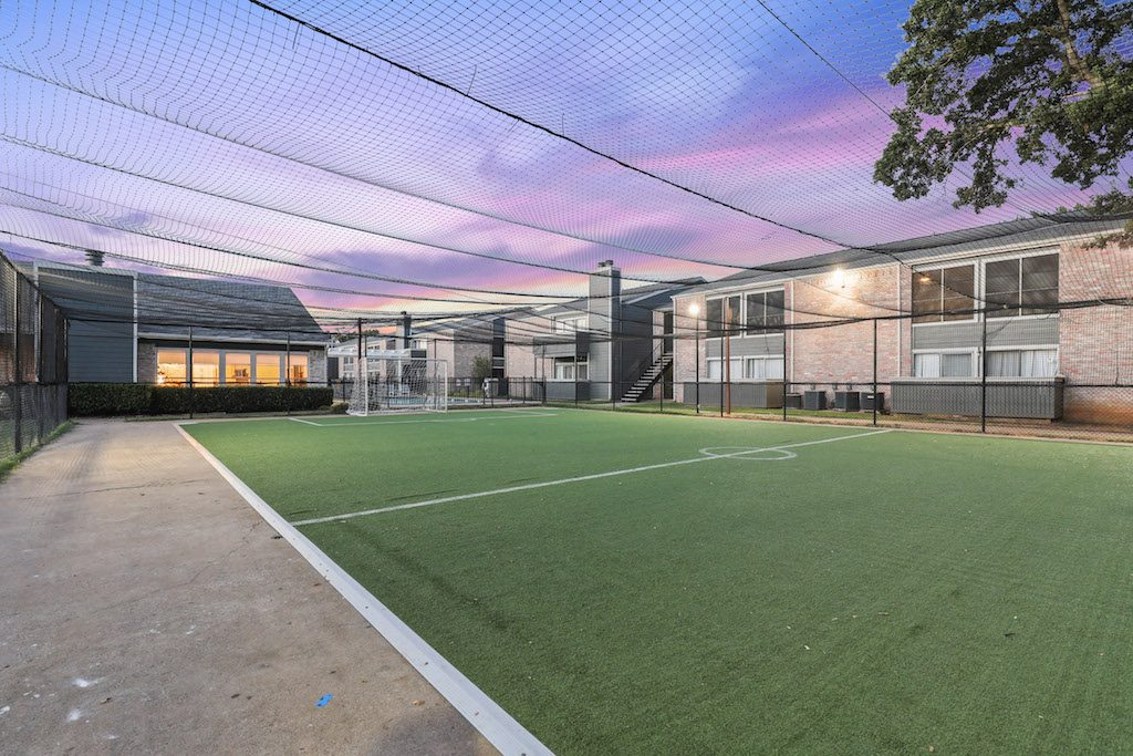 Sports Court at Listing #136207