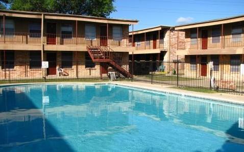 Pool at Listing #141045