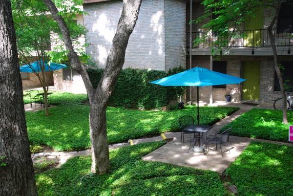 Duval Villa Apartments Austin TX