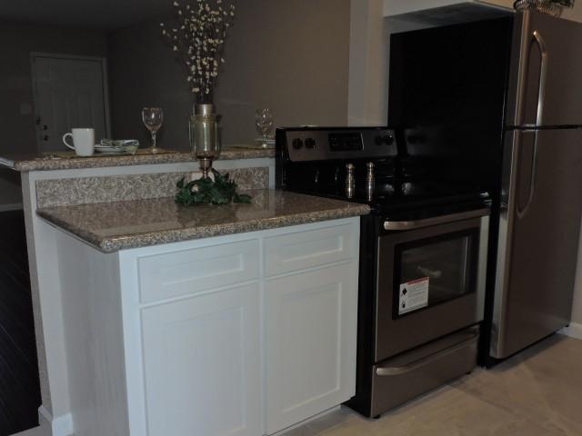 Kitchen at Listing #138817