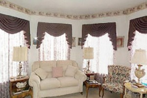 Living Room at Listing #144597