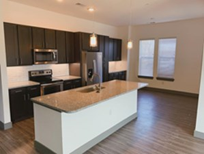 Dining/Kitchen at Listing #305925