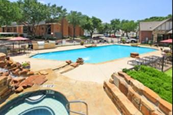 Pool at Listing #137008