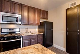 Kitchen at Listing #137129