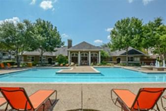 Pool at Listing #141374