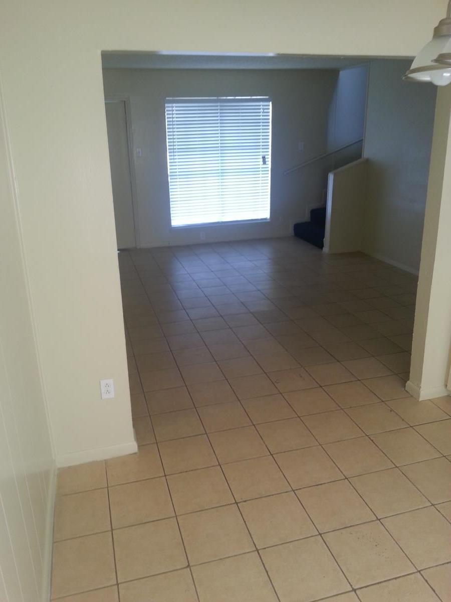 Living at Listing #140812