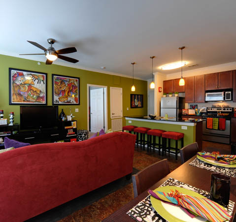 Living Area at Listing #268381
