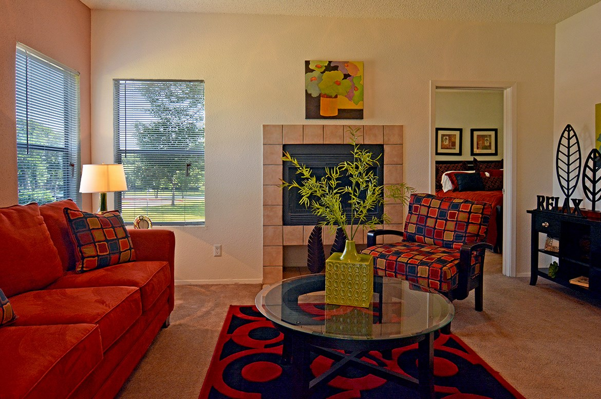 Living at Listing #136712