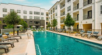 Pool at Listing #286957