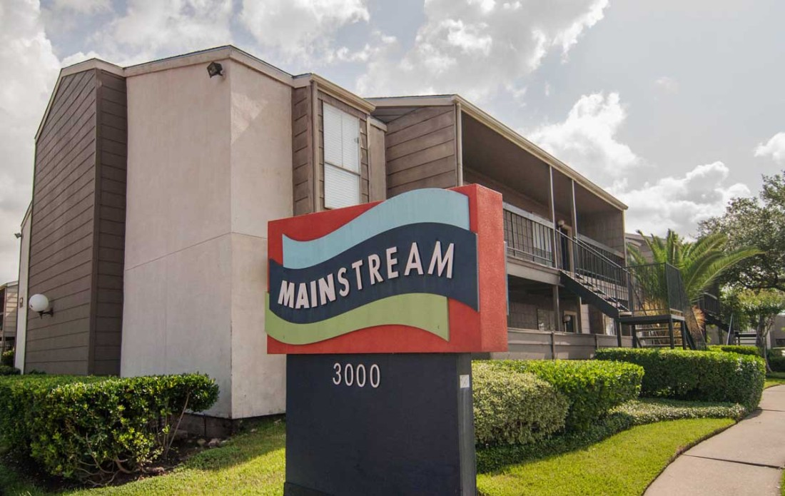 Mainstream Apartments Houston TX