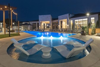 Pool at Listing #304867