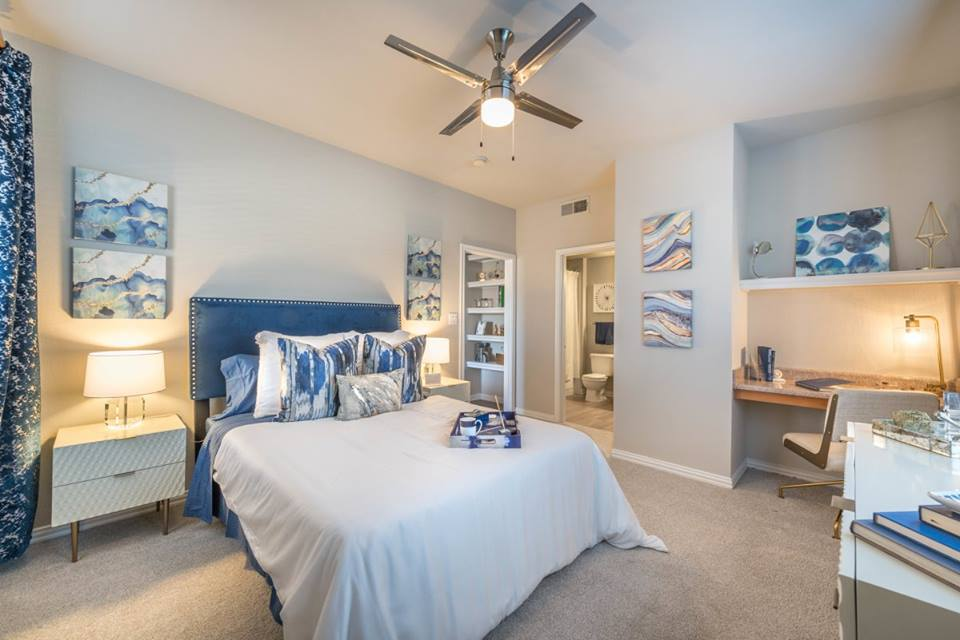 Bedroom at Listing #138004