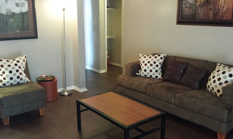 Living at Listing #136423