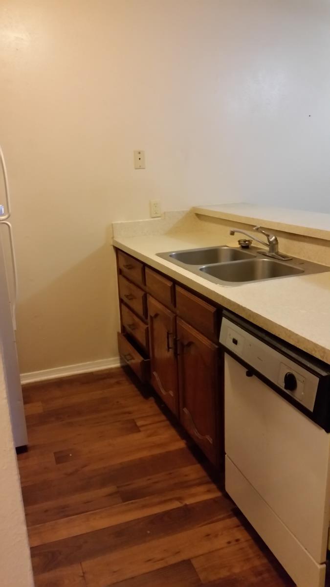 2 bdrm kitchen at Listing #217963