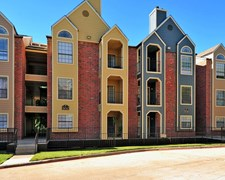 Forest Hills Apartments Dallas TX