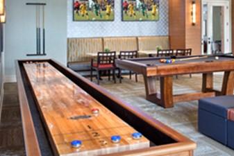 Gameroom at Listing #243544