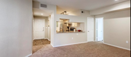 Dining at Listing #137576