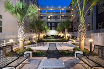 Courtyard at Listing #286705