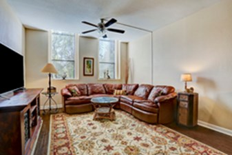 Living at Listing #214223