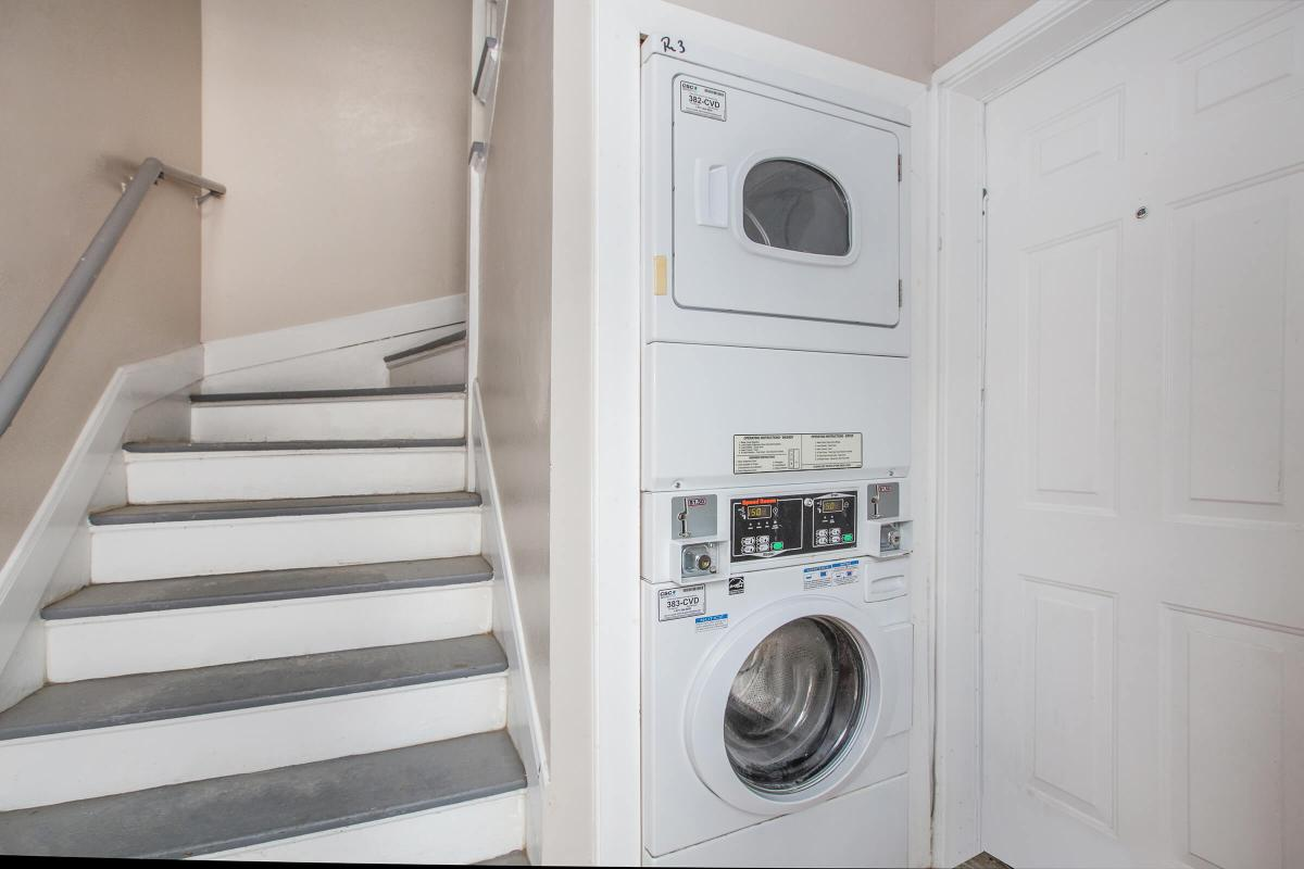 Washer/Dryer at Listing #138771