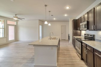 Living/Kitchen at Listing #311604