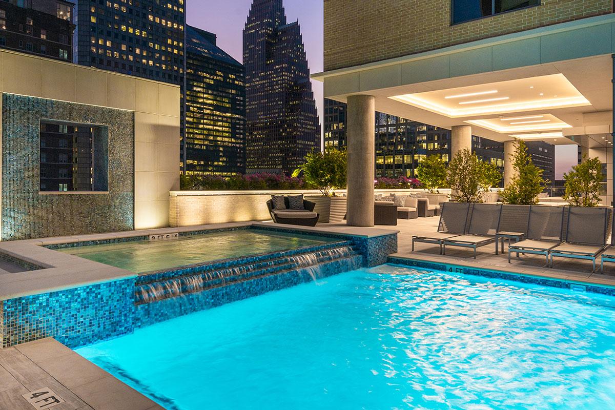 Pool at Listing #287358