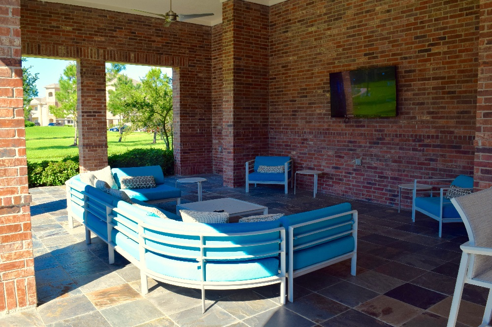 Lounge at Listing #143885