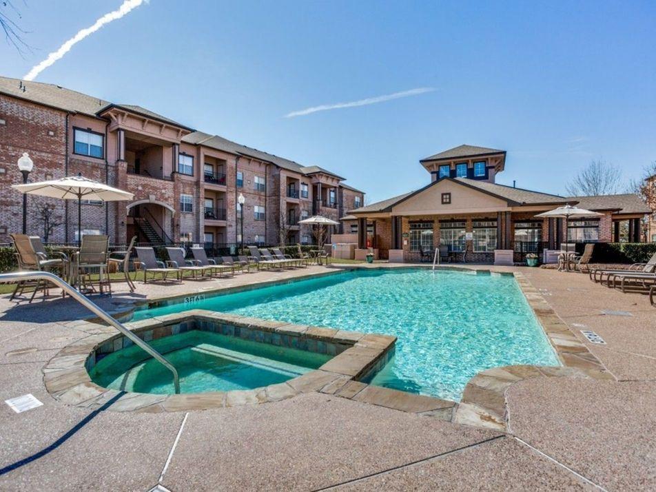 Pool at Listing #138093