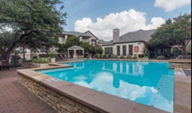 Pool at Listing #140153