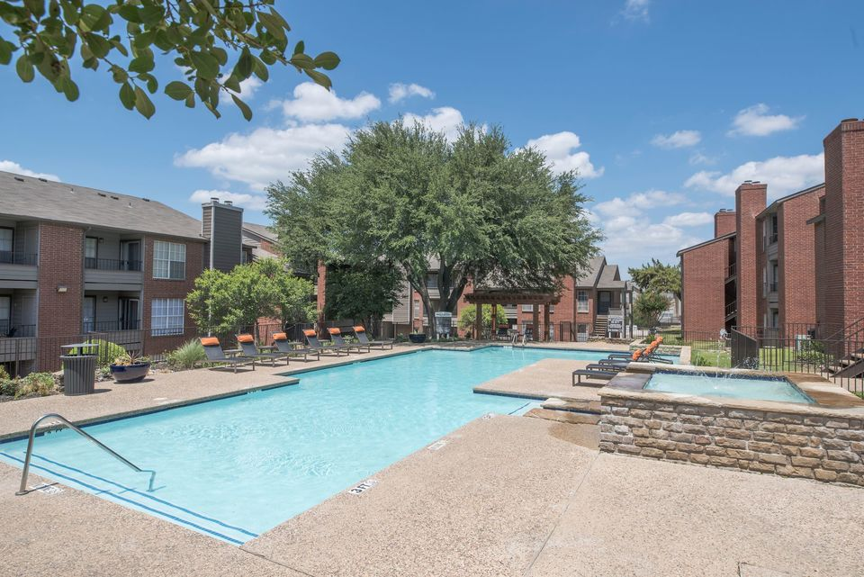 Pool at Listing #136306