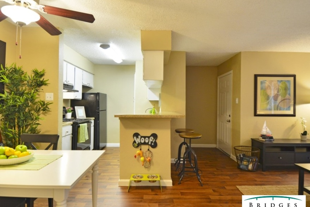 Kitchen at Listing #138624