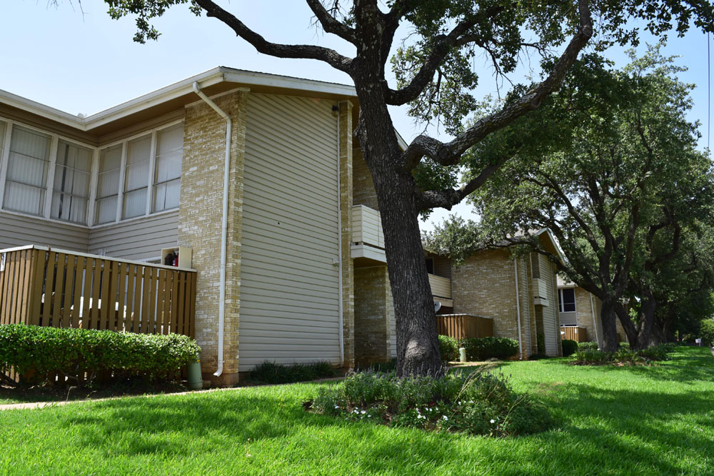 Tribecca Pointe Apartments Hurst TX