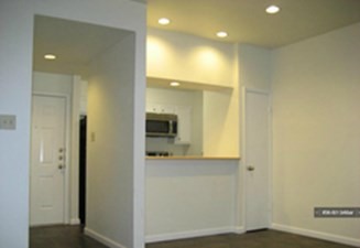 Dining at Listing #141342
