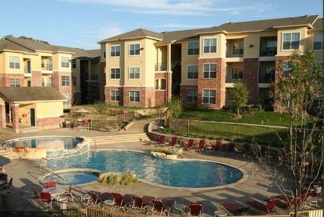 Pool at Listing #144910