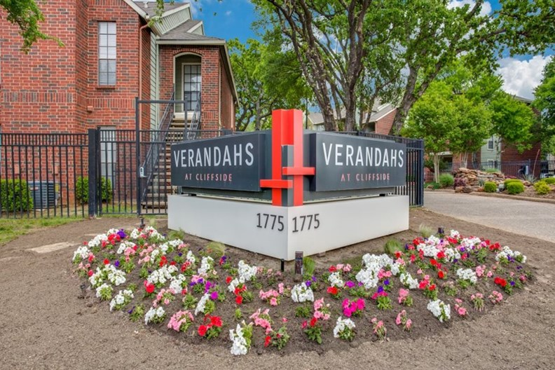 Verandahs at Cliffside Apartments