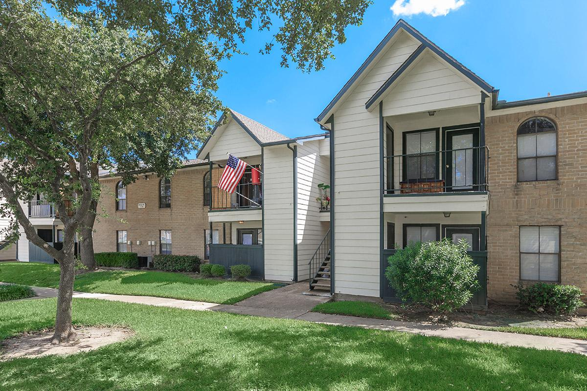 Exterior at Listing #138375