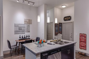 Dining/Kitchen at Listing #305267