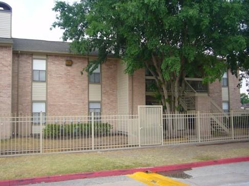 Oak Villa Apartments Houston, TX
