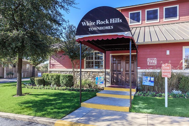 White Rock Hills Apartments
