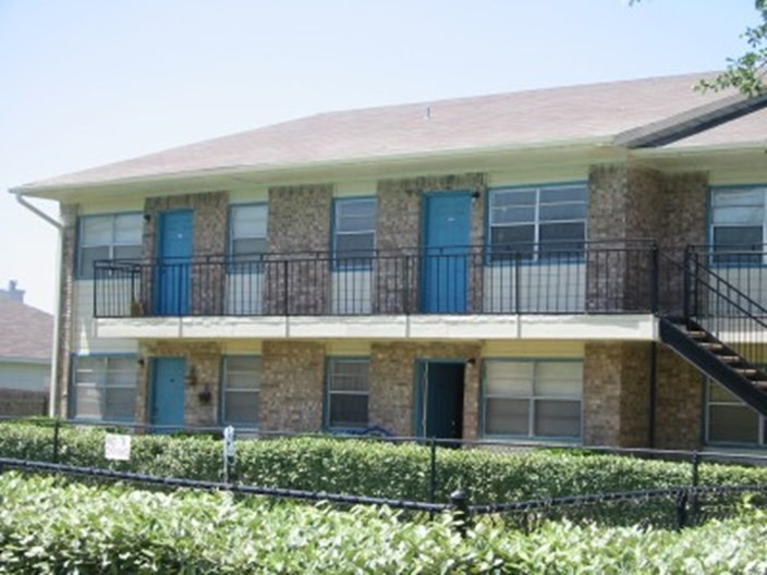 Gatewood Village Apartments