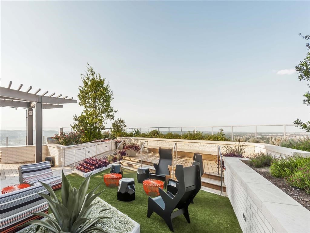 Rooftop Deck at Listing #154101
