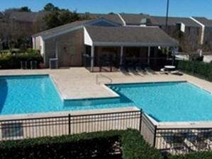Pool at Listing #139057